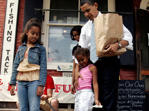 Thumbnail image for Thumbnail image for ee6351b3-1f9d-a07e-e987-6ac6aab5a7b1-decision08_fb_kids_Malia-and-Sasha-Obama.jpg
