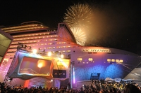 MSC SPLENDIDA - Fireworks at Christening.jpg